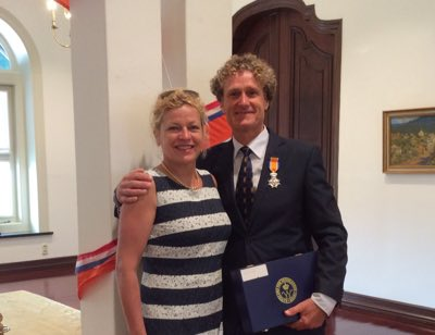 Cor van Aanholt Ridder in de Orde van O N 2016 with spouse Marjolein